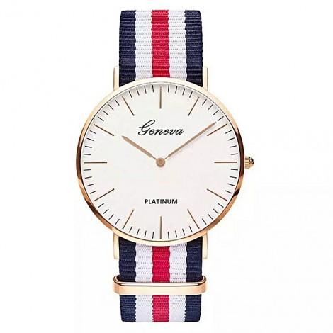 Vente chaude En Nylon sangle Style Quartz Femmes Montre Top Marque Montres Mode Casual Montre-Bracelet Relojes